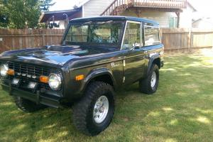 1972 Ford Bronco 4X4 Sport Early Bronco  302 V8 WORLDWIDE NO RESERVE AUCTION