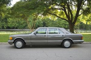 1986 Mercedes 560SEL Immaculate Condition Original Owner. Texas Car