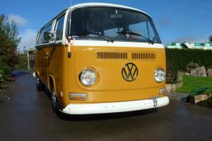 VW Bay Window Camper 1972 LHD Deluxe Photo
