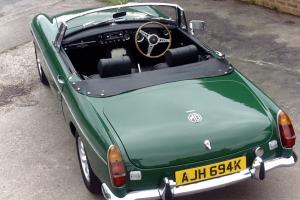 1971 MGB Overdrive Roadster in British Racing Green IMMACULATE CONDITION Photo