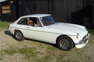 MGB GT V8 GENUINE CAR M REG , TAXED