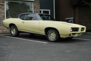 1969 Pontiac GTO.  4 Speed  Factory A/C   PHS Docs Numbers Match