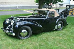 1948 TRIUMPH ROADSTER  - FULLY RESTORED 8791 MILES Photo