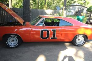 1970 Dodge Charger 500 general lee 440HP big block signed by crew members