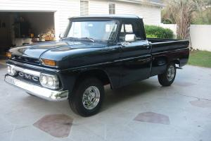 1965 GMC Truck short bed