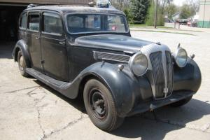 1951 Daimler Limousine DE27, vehicle runs and has many duplicate parts for repl