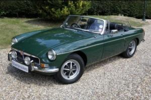 MG MGB Roadster PETROL MANUAL 1974/M Photo