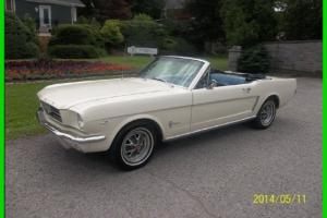 Ford : Mustang RWD Convertible Coupe