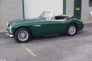 AUSTIN HEALEY MKIII BJ8 3000 Photo