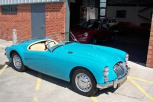 1958 MGA 1600 Roadster - Concours car fully restored Photo