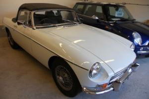 1970 MG B Sports Roadster 1978cc White Photo