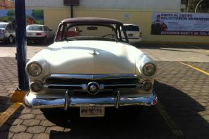 FORD 1952 CLUB COUPE CUSTOMLINE