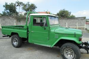 1974 FJ45 Toyota Land Cruiser NO RESERVE
