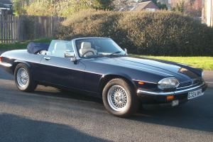 1990 JAGUAR XJ-S CONVERTIBLE V12 AUTO WITH FULL JAGUAR SERVICE RECORD  Photo