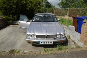 2000 JAGUAR XJR V8 AUTO SILVER  Photo