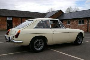 1972 MG BGT  Photo