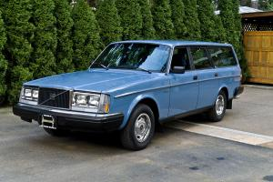 1983 VOLVO 240DL STATION WAGON ONE OWNER AMAZING