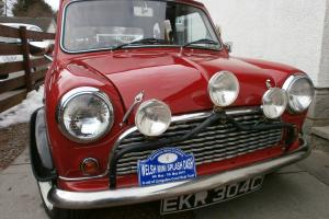 1965 MORRIS MINI RED WITH BLACK ROOF