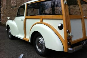 MORRIS MINOR TRAVELLER WHITE