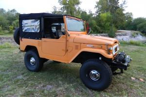 1973 Land Cruiser FJ40 in excellent conditions. Restored, PS, 4 disc brakes BJ