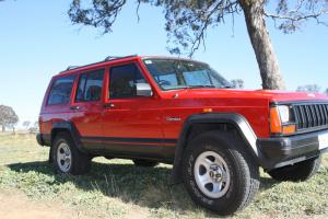 Jeep Cherokee Sport 4x4 1995 4D Wagon 4 SP Automatic 4x4 4L Electronic