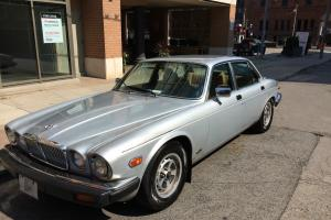 Jaguar : XJ6 Photo