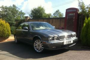 Jaguar XJ6 3.0 V6 SE Automatic Tungstone Grey 2 Owners FSH Sat Nav