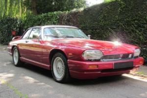 1988 E JAGUAR XJSC 5.3 C V12 2D AUTO 299 BHP Photo