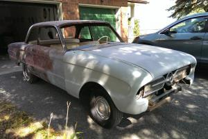 Ford : Falcon Deluxe and rare Trim Set