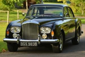 1963 Bentley S3 Continental Flying Spur by H.J. Mulliner