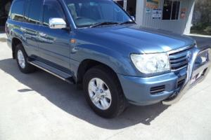 Toyota Landcruiser GXL 4x4 2006 4D Wagon 5 SP Automatic 4 7L Multi in Urangan, QLD