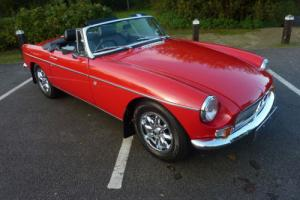 MGB ROADSTER 1976 CHROME BUMPER CONVERSION FERRARI RED/ BLACK HIDE STUNNING