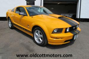 2007 FORD MUSTANG GT 4.6 5 SPEED MANUAL 26,000 MILES 1 PREVIOUS OWNER