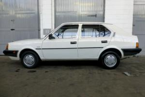 1987/D Volvo 340 DL 1.4 Manual Photo