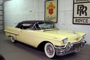 Cadillac : Other Series 62 Convertible