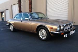 Jaguar : XJ12 V12 Sovereign