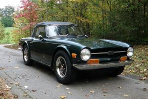 Triumph : TR-6 2-Door Convertible Photo