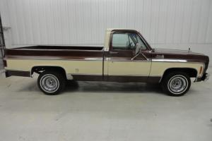 CHEVROLET / PICKUP/ CK1500 / GMC / LOW MILES