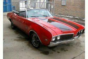 Oldsmobile : 442 convertible