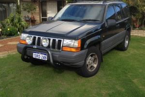 Jeep Grand Cherokee Limited 4x4 1997 4D Wagon 4 SP Automatic 4x4 4L in Thornlie, WA