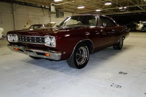 Plymouth : Road Runner base