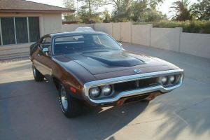 ROADRUNNER / GTX 440 4-SPEED AIR GRABBER 1969 1970 1971
