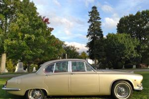 Jaguar : XK 420 Photo