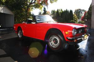 Triumph : TR-6 Base Convertible 2-Door