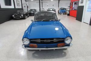 Triumph : TR-6 2 Door Convertible Photo