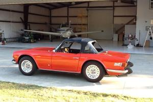 Triumph : TR-6 6 cylinder Photo