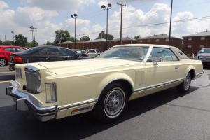 ONE OWNER   1979 LINCOLN MARK 5  LOW MILES