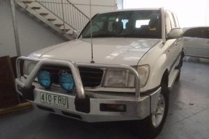 Toyota Landcruiser GXL 4x4 1999 4D Wagon 4 SP Automatic 4x4 4 5L Multi in Burleigh Waters, QLD