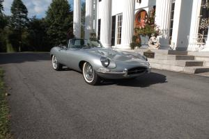 Jaguar : E-Type silver Photo