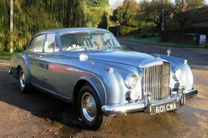1962 Bentley S2 Continental Flying Spur by H.J. Mulliner Photo